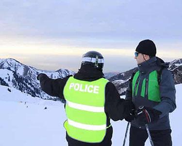 Полицейские на лыжах будут патрулировать горнолыжный курорт «Шымбулак».